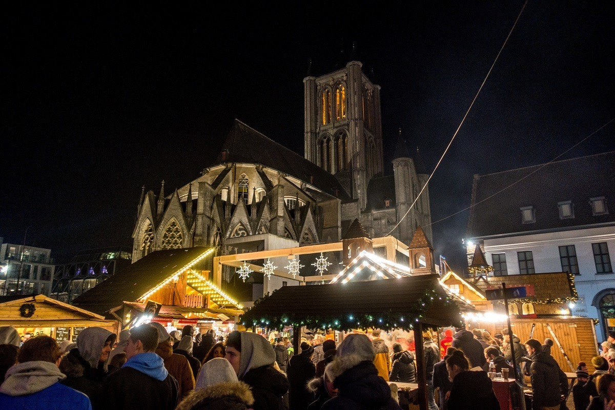 Christmas market stalls by St Nicholas Church