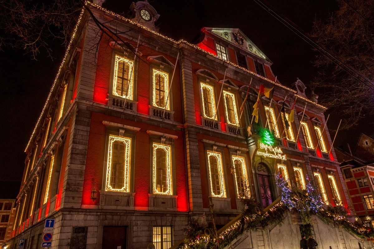 Building decorated with Christmas lights