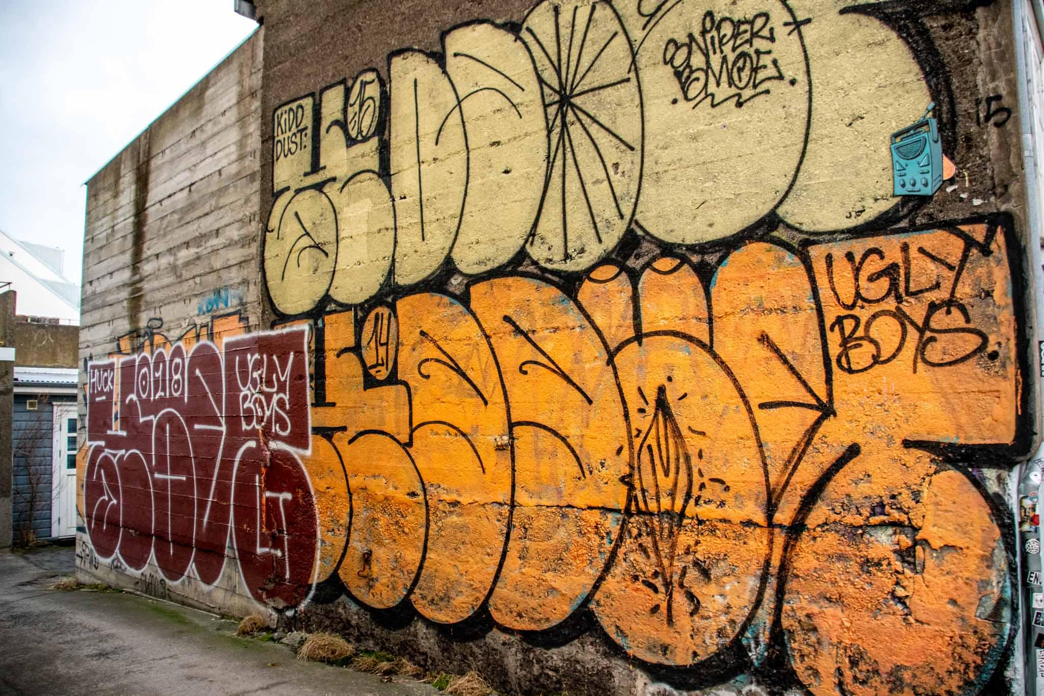 Bubble style street graffiti in Reykjavik by the Ugly Boys