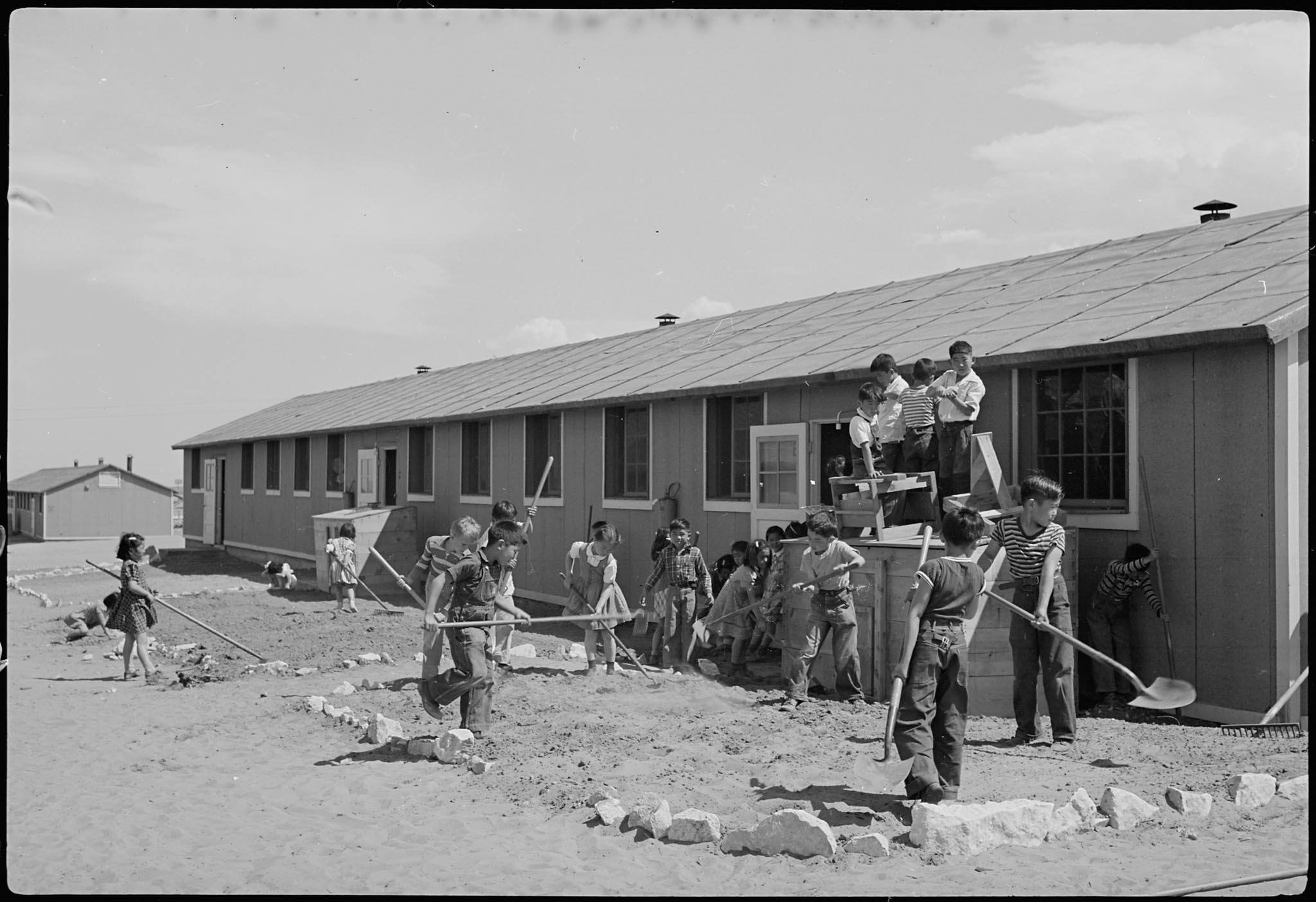 Young children working in the World War II Japanese internment camps