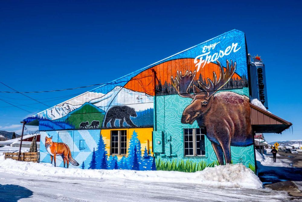 Enjoy Fraser mural featuring wildlife and nature scenes