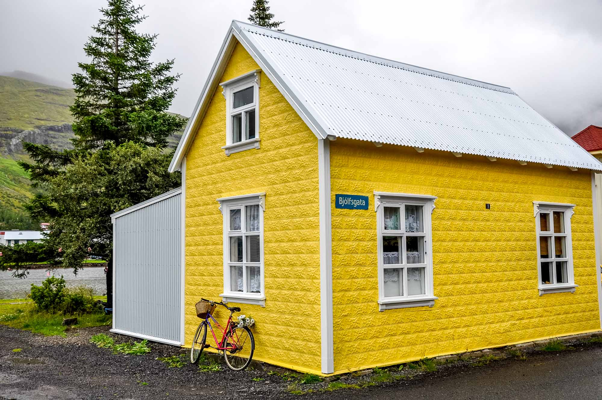 Yellow house in Seydisfjordur