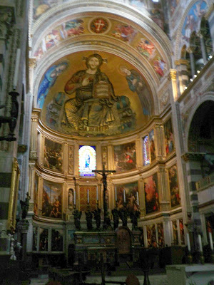 Mosaic interior of the Duomo in Pisa